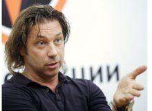 Мостовой заявил, что Кокорин недостоин своей зарплаты